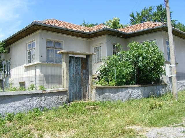 Продава се къща в село Берковски 1